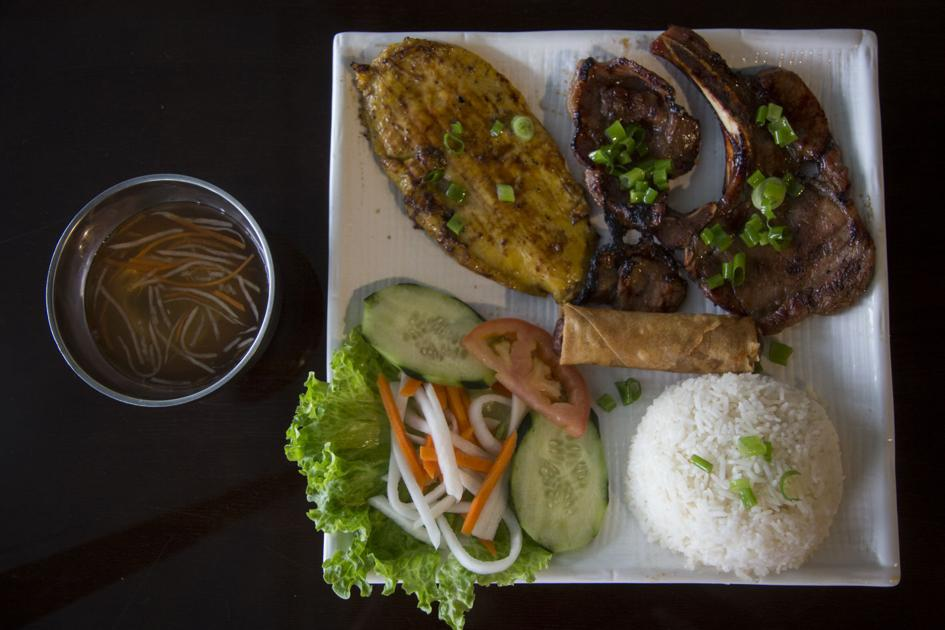 Review: Pho Nhi has tasty food to go with Vietnamese vibe