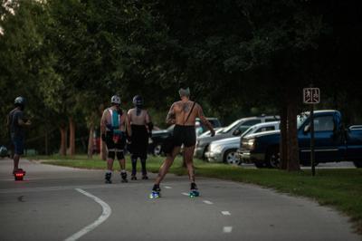 Toplesss Rollerskate4441