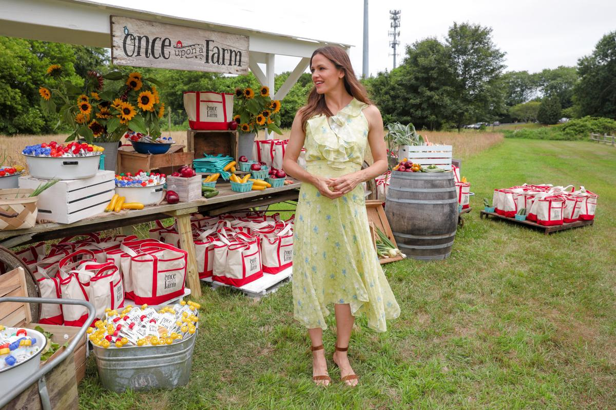 Here's why actress Jennifer Garner is farming in Locust Grove