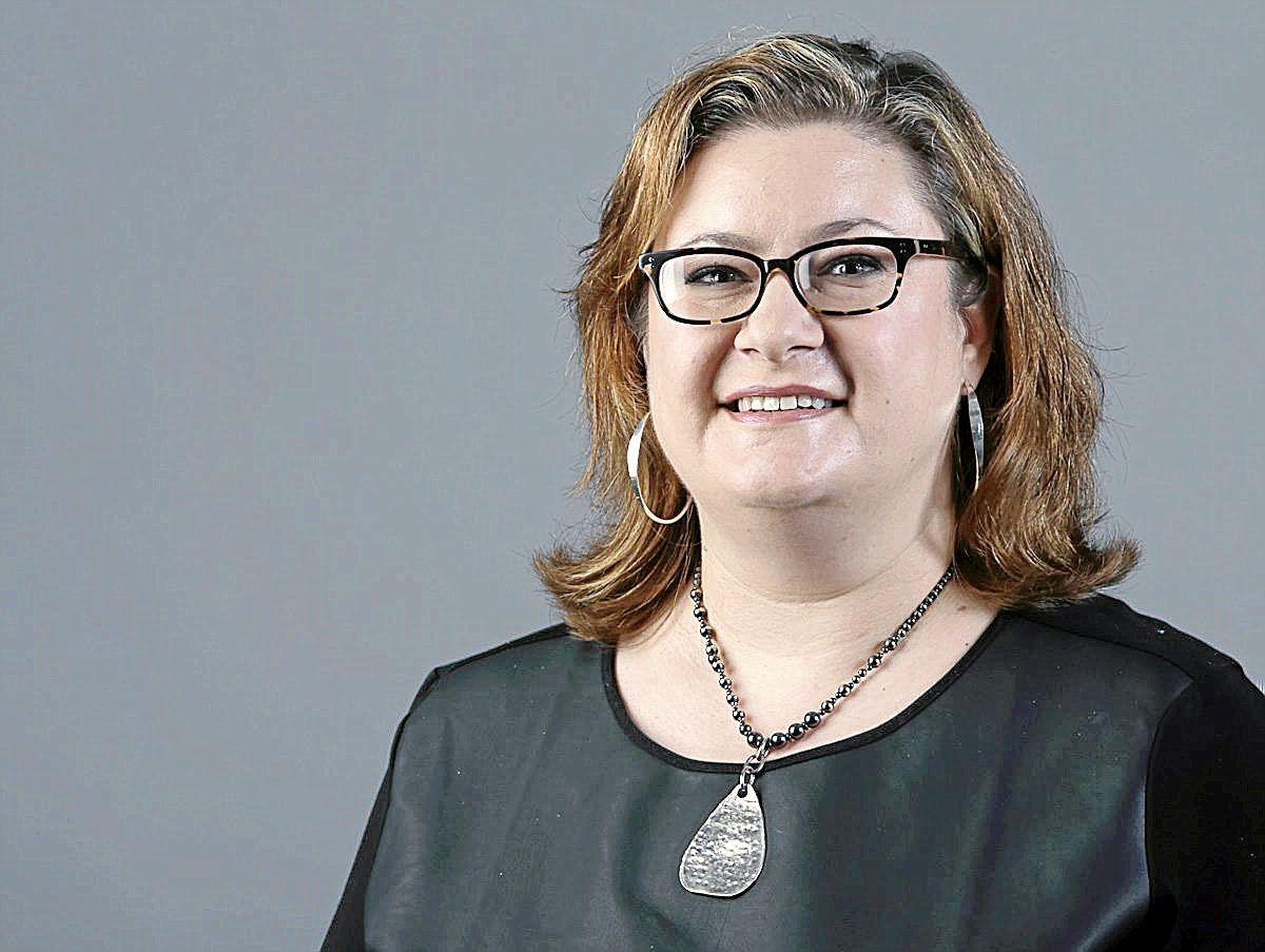 Business Editor Colleen Almeida Smith