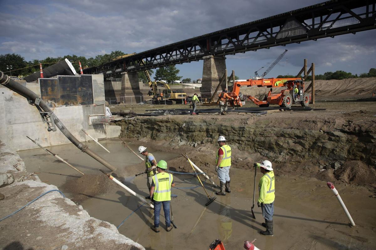 Pedestrian Bridge Demolish 4
