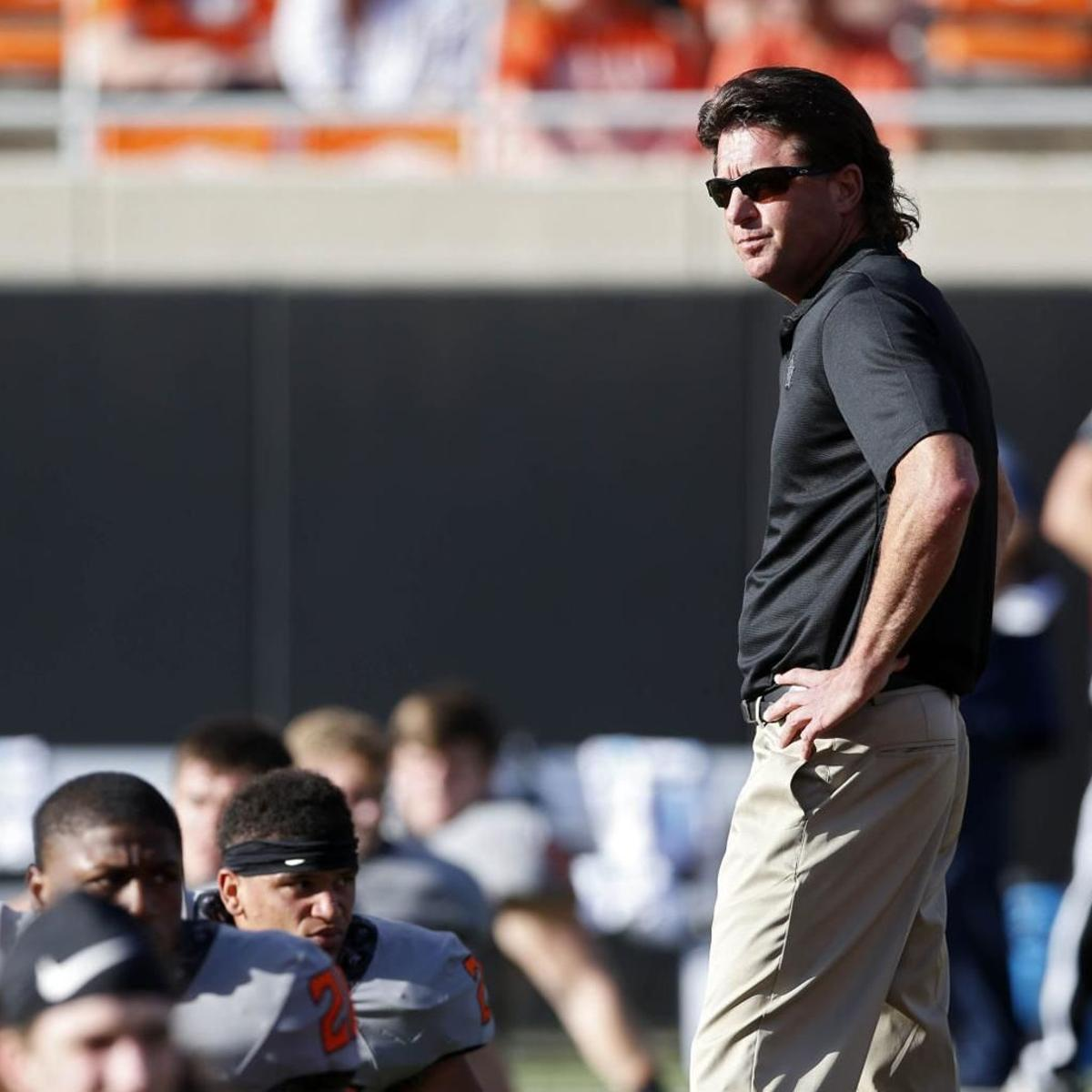 Osu Football Mike Gundy S Contract Extended To 2023