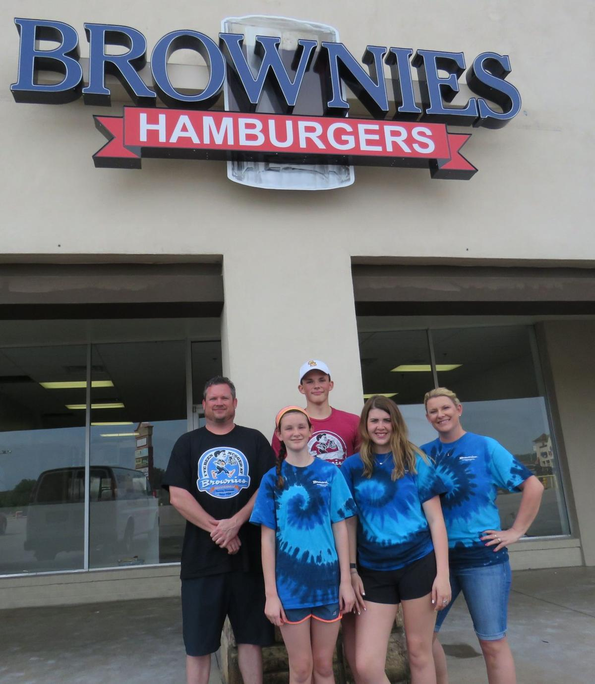 Brownies Hamburgers To Open Sand Springs Location Sand Springs