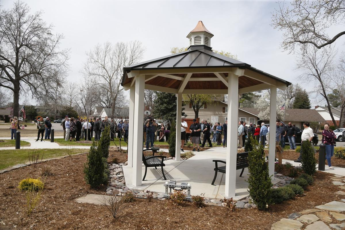 Broken Arrow city officials dedicate Reflection Park after