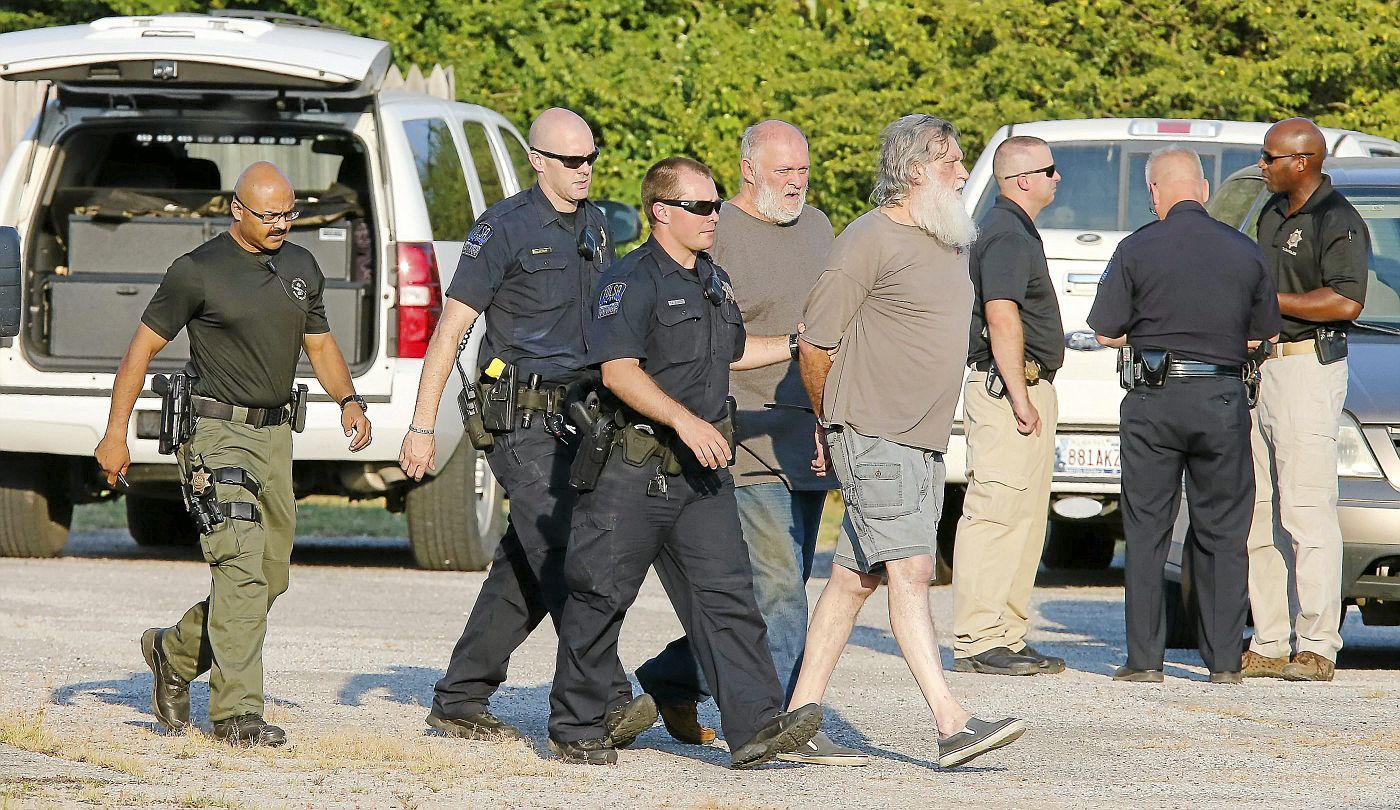 cover letter law enforcement%0A Photo Gallery  Tulsa Police apprehend suspect that had shot a Tulsa Police  Officer   Featured   tulsaworld com