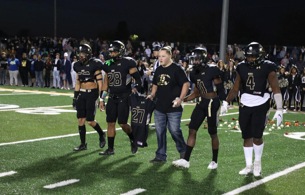 Friday night football game turns into memorial for deceased