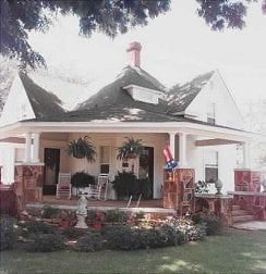 Restored home in Claremore rich in history