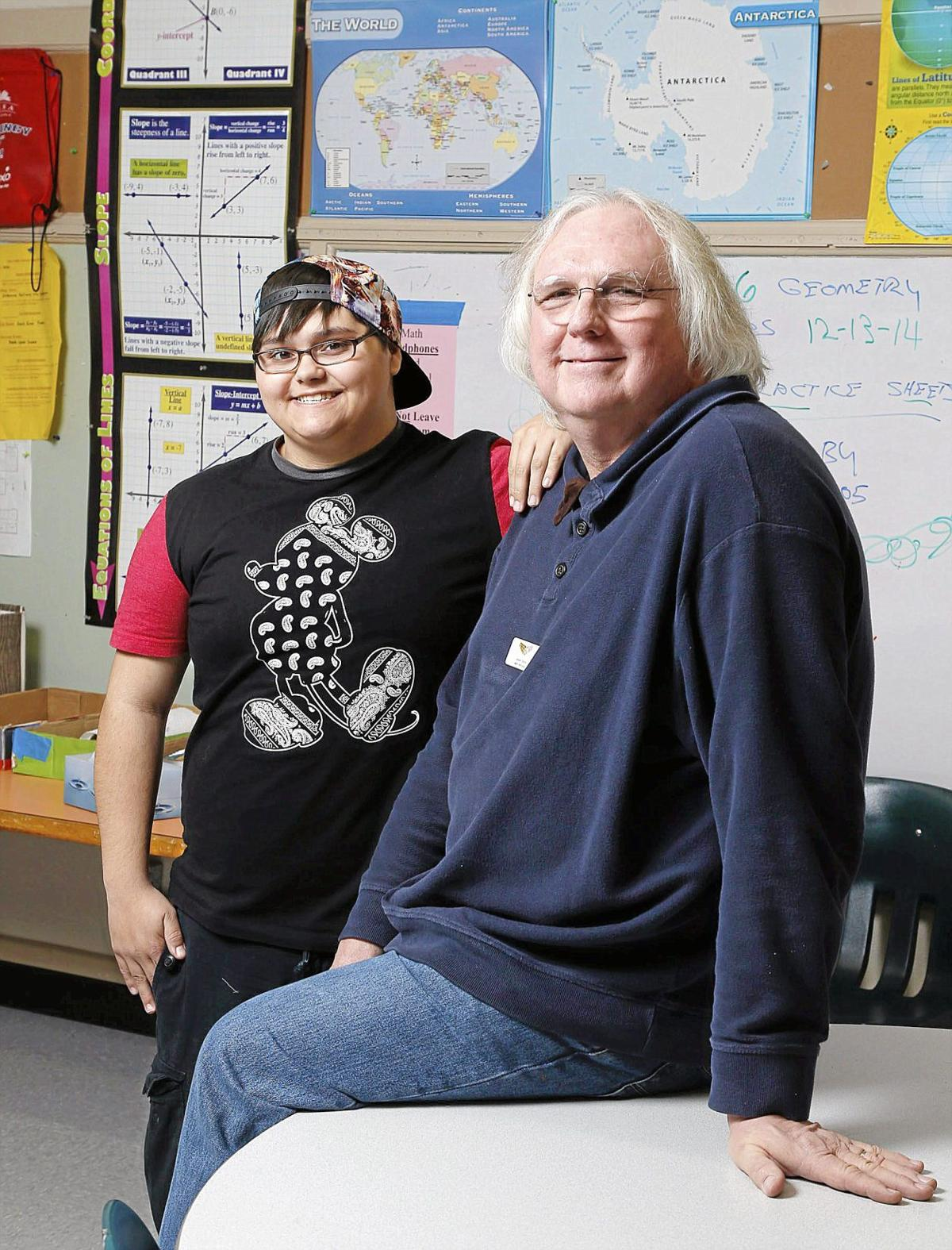Helping At Risk Students Address >> Unsung Heroes Street School Teacher Cuts No Corners In Helping His