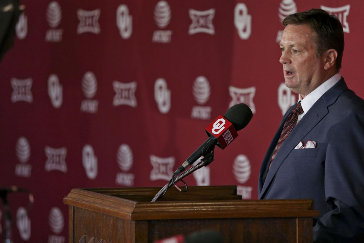 photo gallery: see the images from bob stoops' retirement press