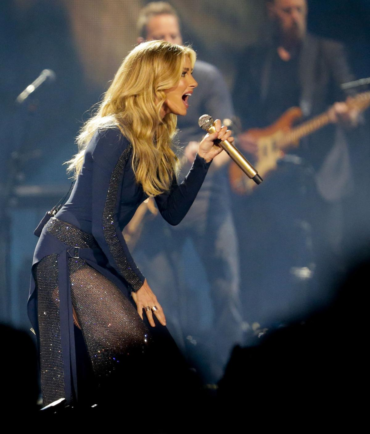 Review Faith Hill And Tim Mcgraw Bring Pure Chemistry To