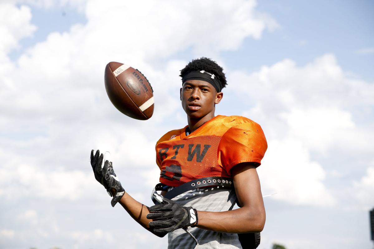 Booker T. Washington (Tulsa) wide receiver JJ (Javian) Hester