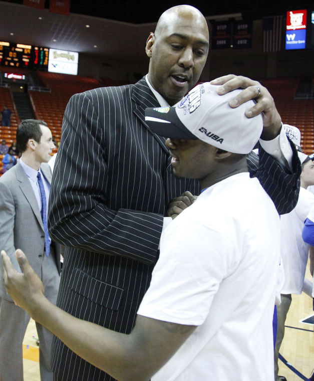 TU's Danny Manning has confident Hurricane back at NCAA ...