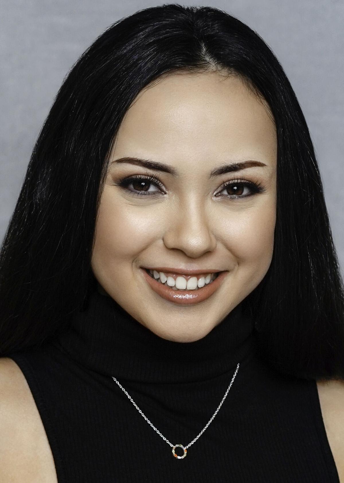 Miss Broken Arrow, Sophie Arroyo