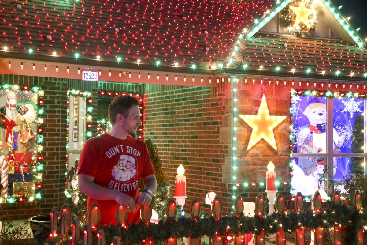 Tulsa Christmas Radio 2021 Crazy About Christmas Jenks Home Featured In Abc S The Great Christmas Light Fight Entertainment Tulsaworld Com