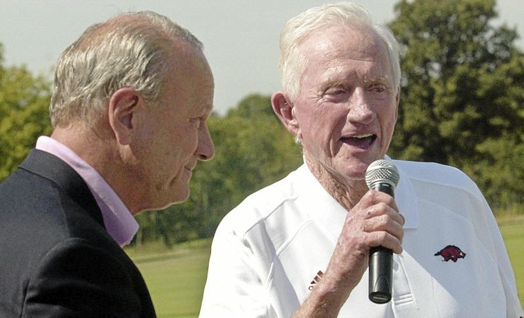 Family: Frank Broyles Dead at 92