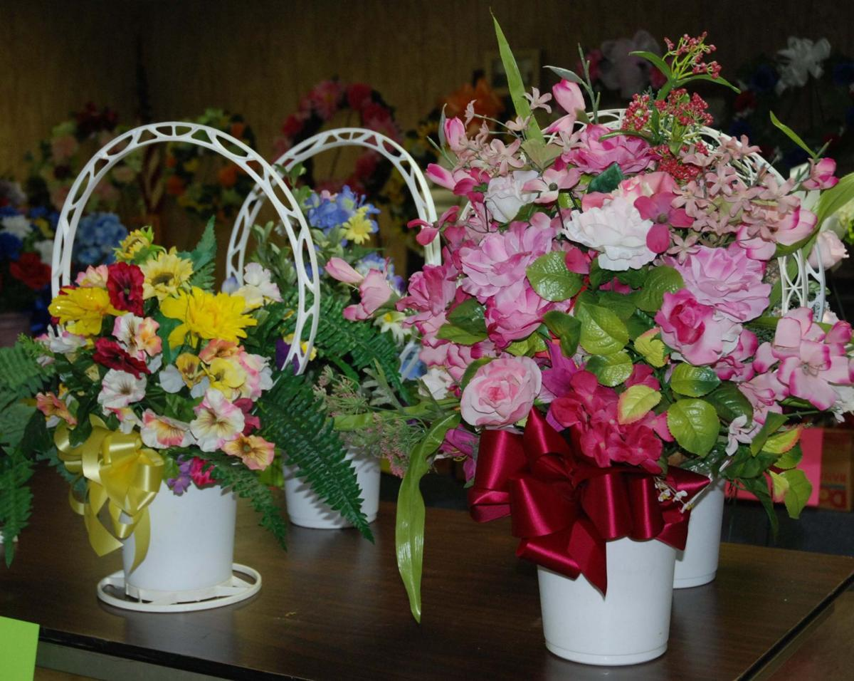 Area Churches Selling Memorial Day Floral Arrangements Sand