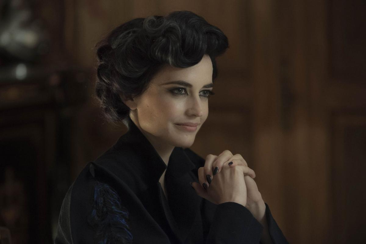 Movie Review Miss Peregrine S Home For Peculiar Children Is