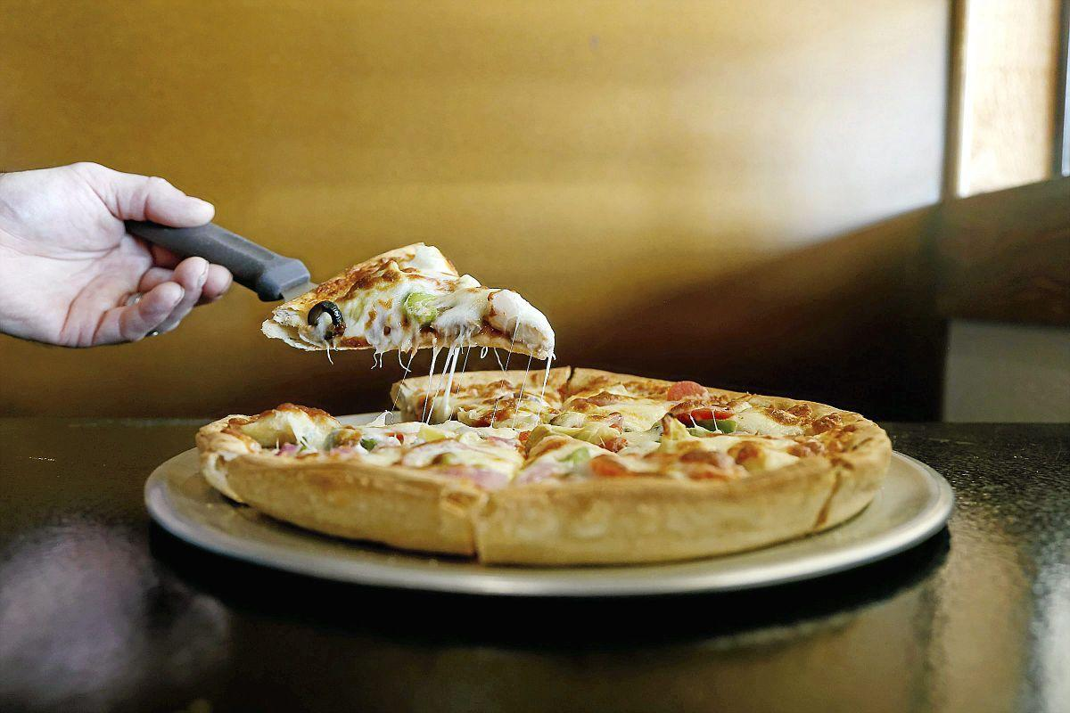 Review: Pizza Shoppe serves Bixby community for 16 years ...
