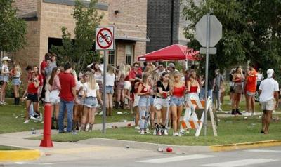 OU crowd off campus Sept 2020
