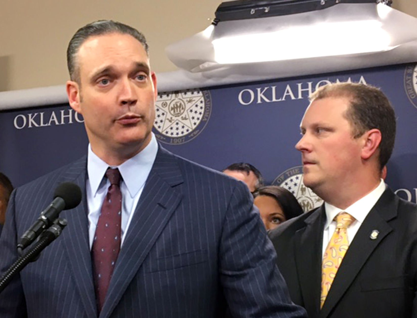 Oklahoma Legislature has special session; no deal reached