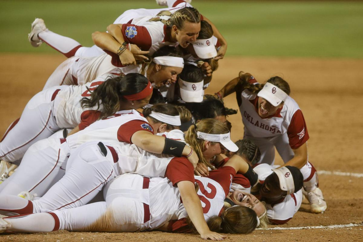 Image result for sooners defeat florida to win 2017 wcws