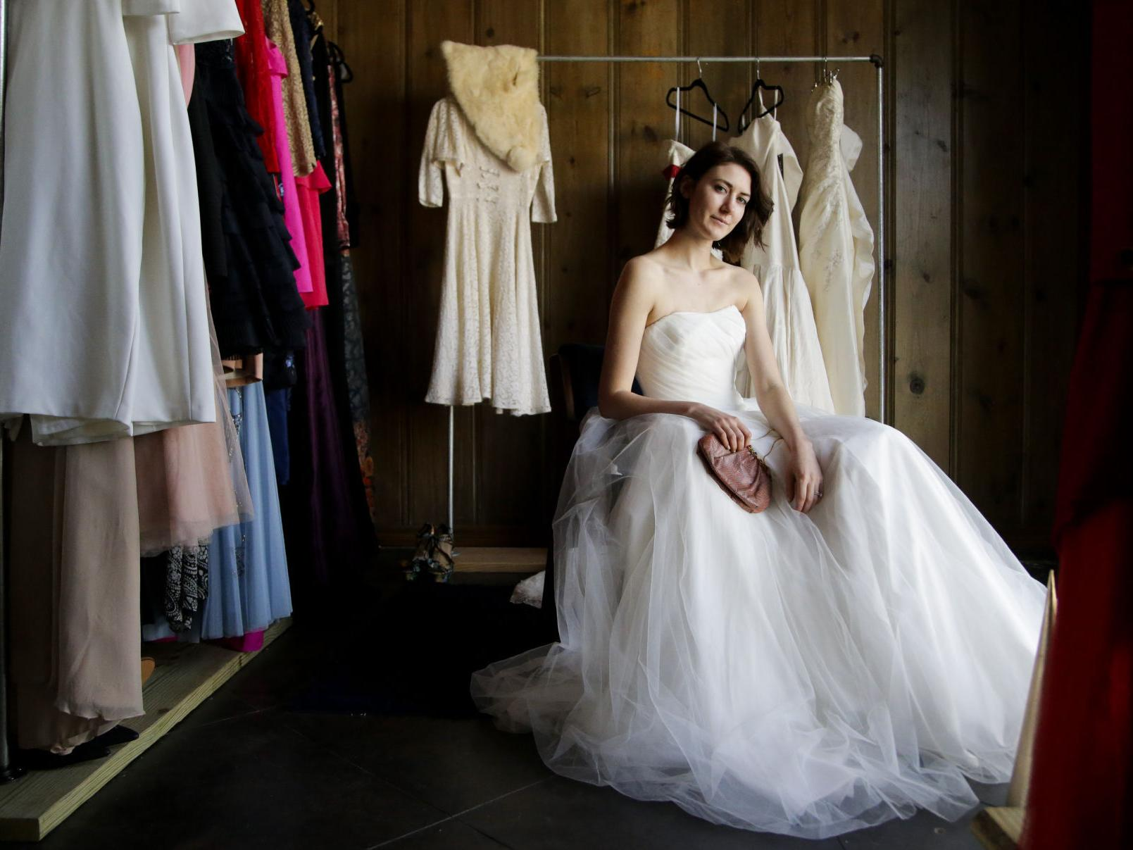 Why Buy Vintage And Resale Wedding Dresses Lifestyles Tulsaworld Com