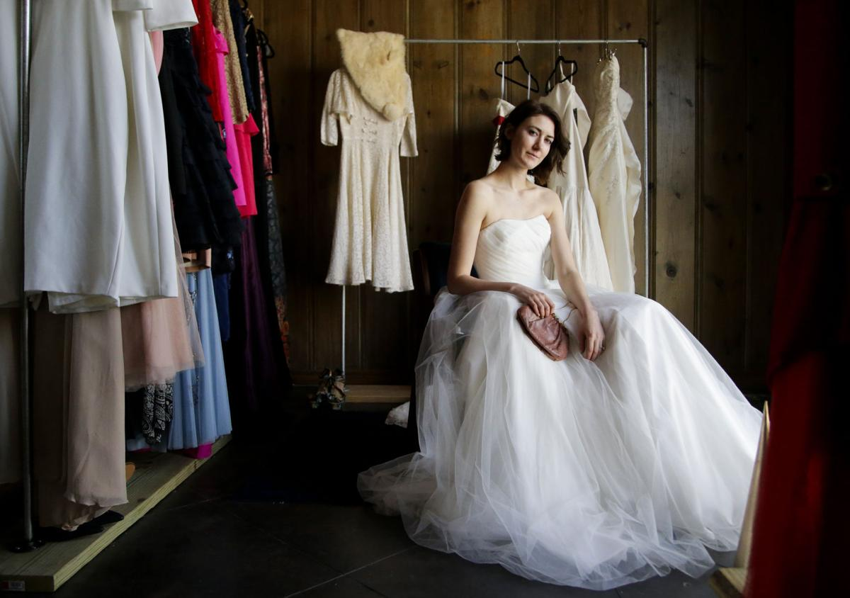 dc511368e0 Why buy vintage and resale wedding dresses | Lifestyles | tulsaworld.com