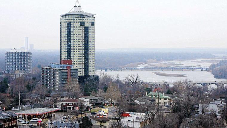 Renovations To University Club Apartments Mansion House Long Overdue Work Money Tulsaworld