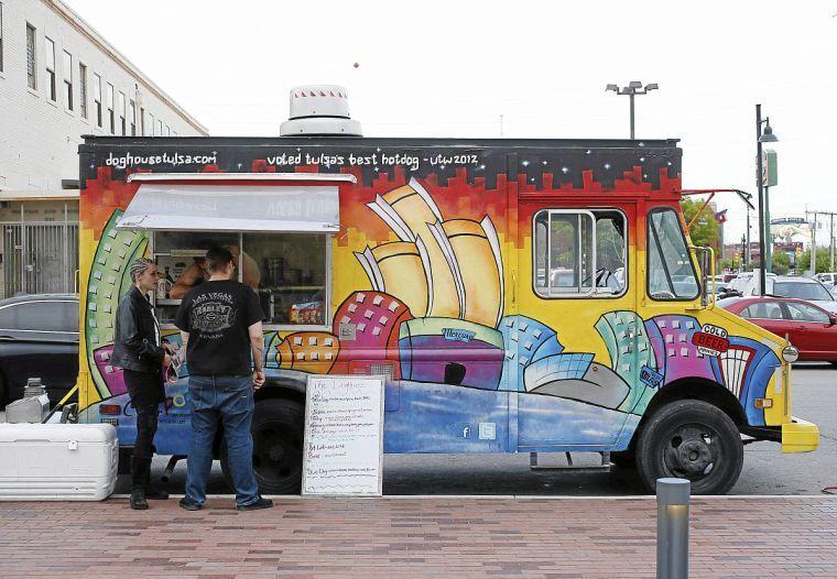 Food Trucks Tulsa Pearl District