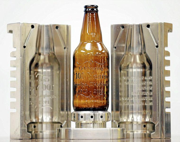 Sapulpa glass plant makes millions of beer bottles