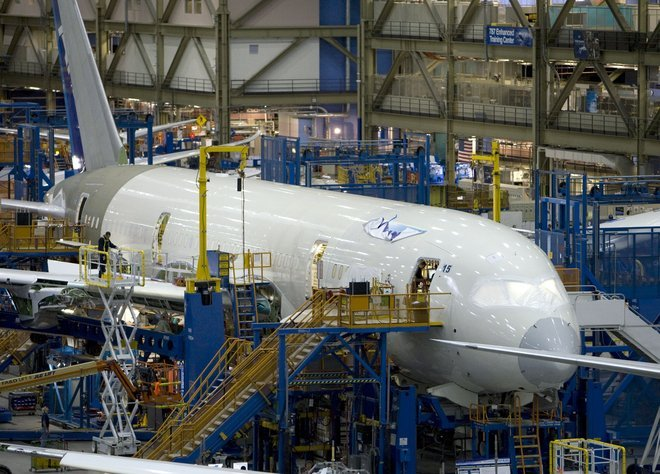 Boeing 787 production prompts Spirit to resume hiring in Tulsa ...