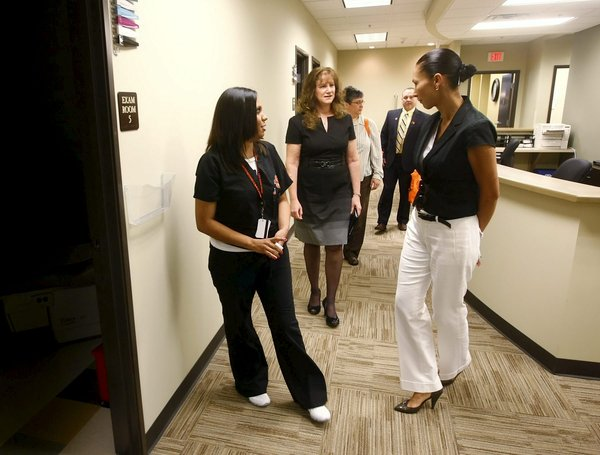 Osu Opens New Health Clinic In East Tulsa News Tulsaworld Com