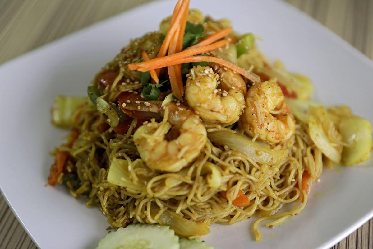Zogam Singapore fried noodles