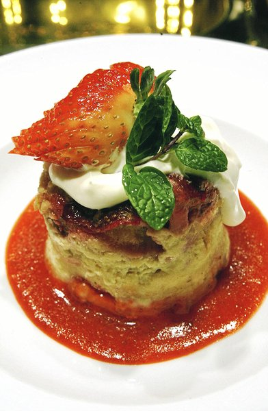 Polo Grill: Dining space still serving 4-star food at Utica Square