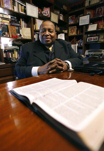 Tulsa pastor of St  Andrew Baptist Church named instructor
