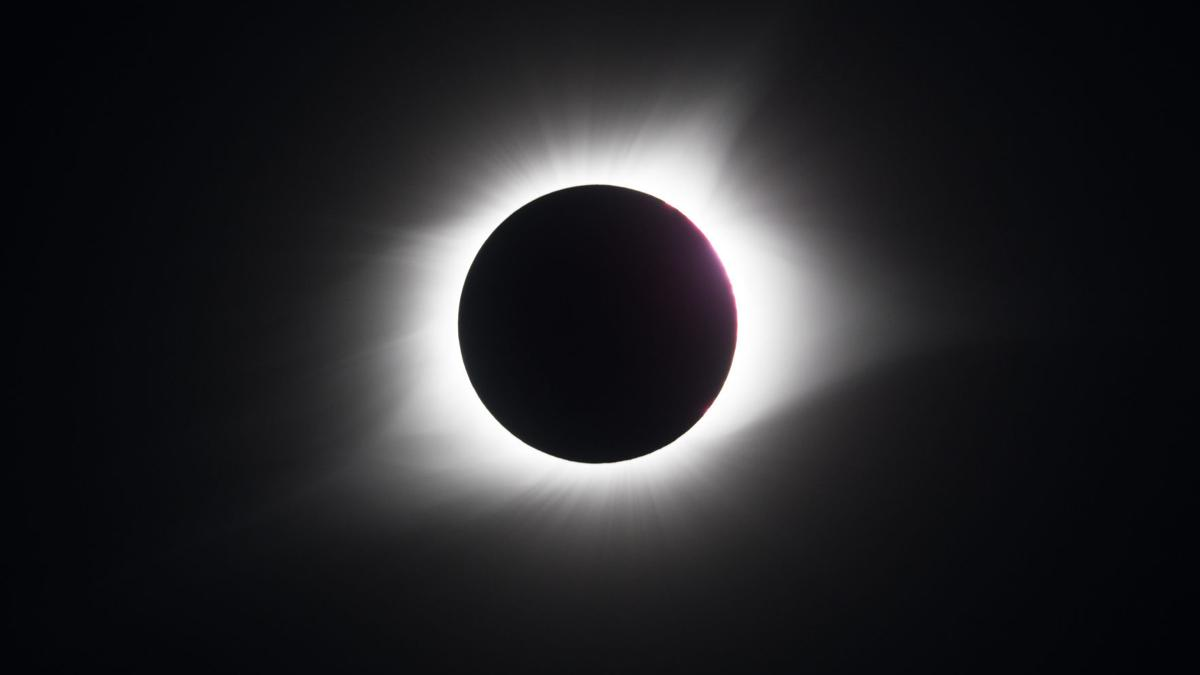 Photo gallery: Images of the eclipse from around the United States and Tulsa