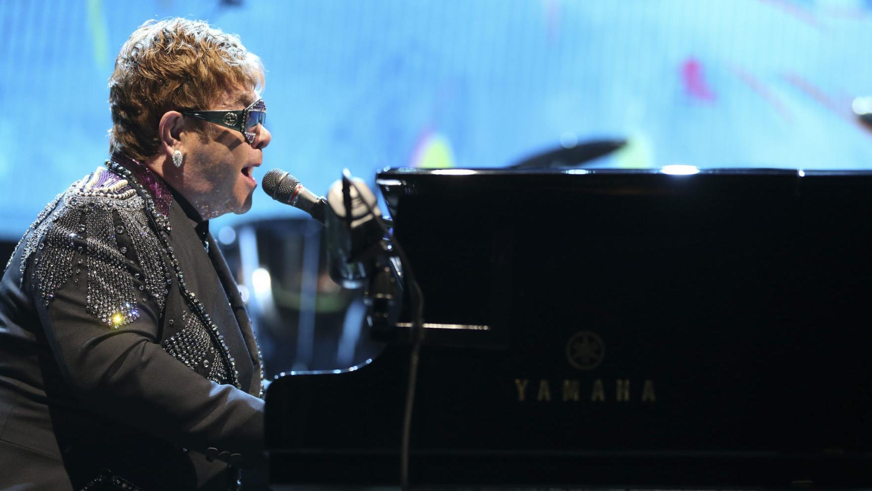 Pop culture Elton John to host Concert for America on Sunday ...