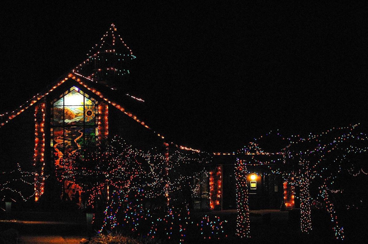 There are a couple more weekends to enjoy Tulsa\'s holiday light ...