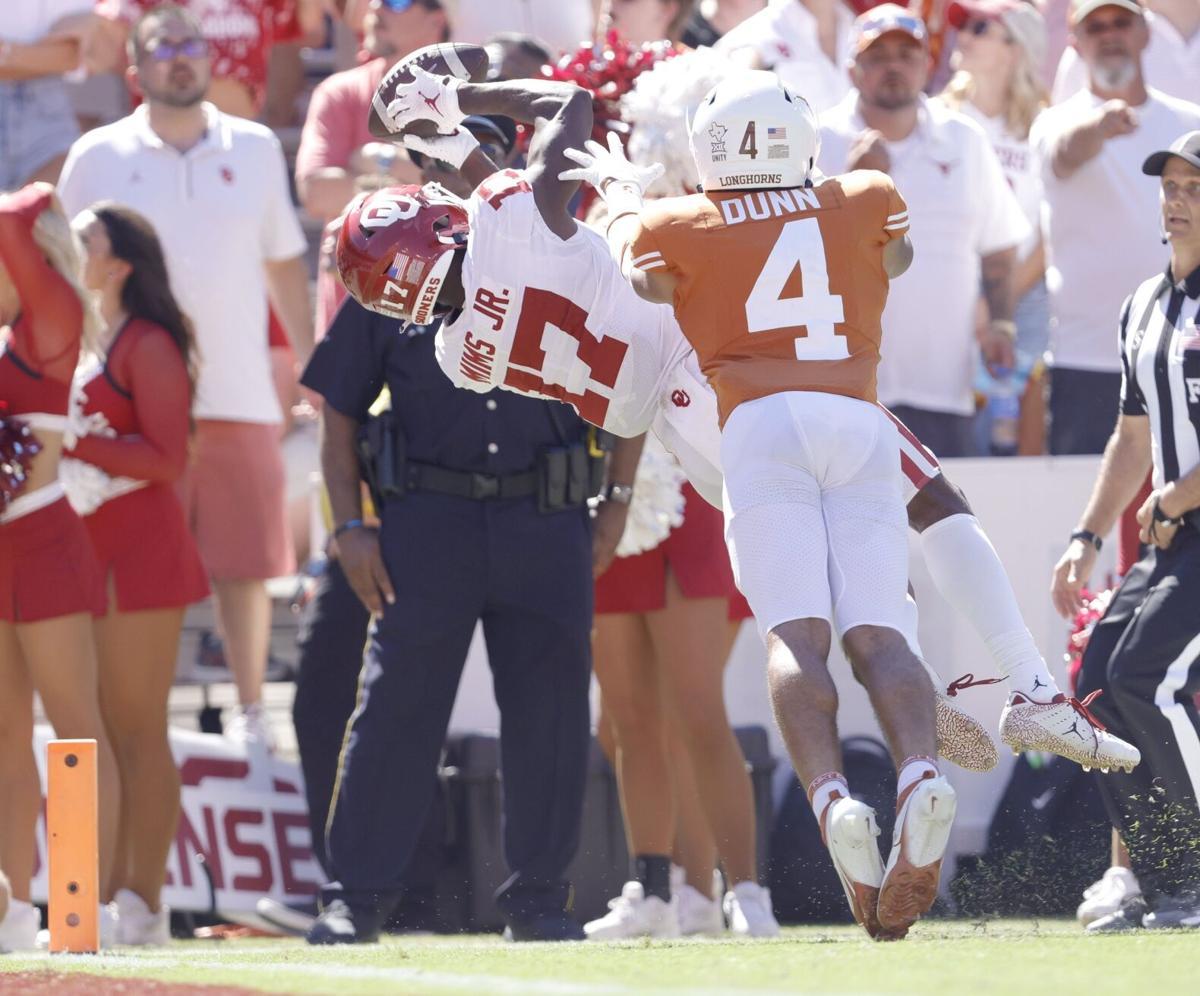 Mims catches 52-yard touchdown pass versus Texas