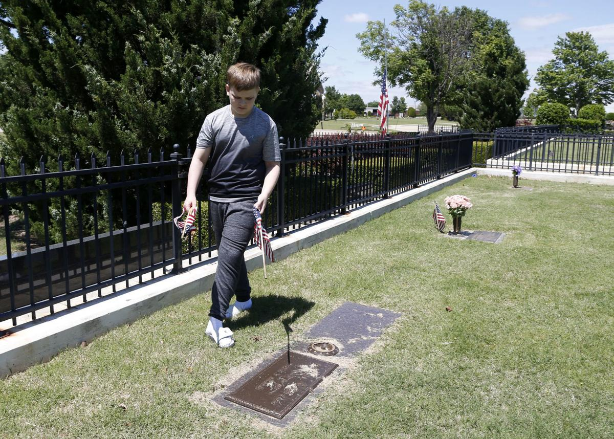 Memorial Day Weekend Annual Events Either Canceled Or Scaled Back Due To Pandemic Flyovers Set For Several Cemeteries Local News Tulsaworld Com