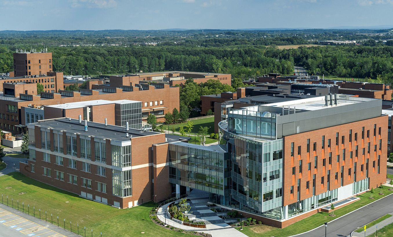 Local students make Deanu0027s List at Rochester