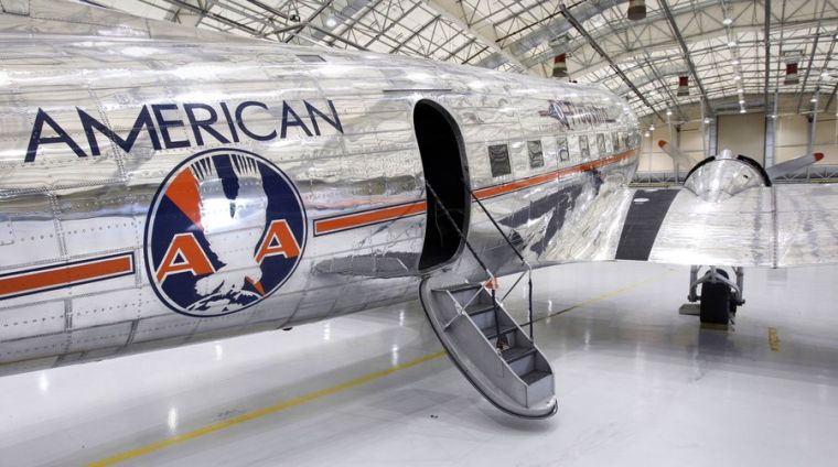 Flagship Detroit Dc 3 Gets American Airlines