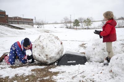 Snow falls on Tulsa area, northeast Oklahoma