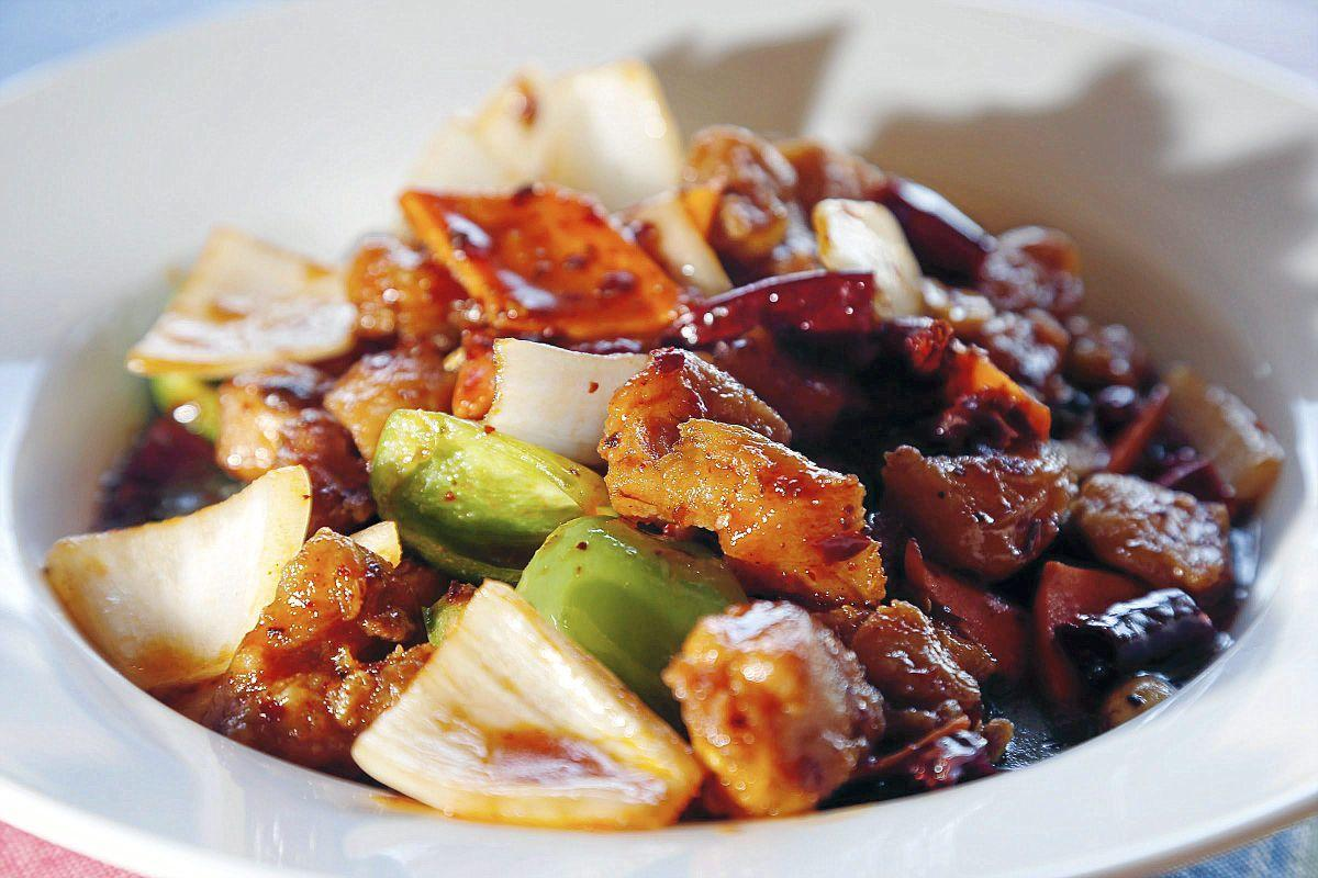 Review Gigi S Kitchen Brings Traditional Chinese Food To