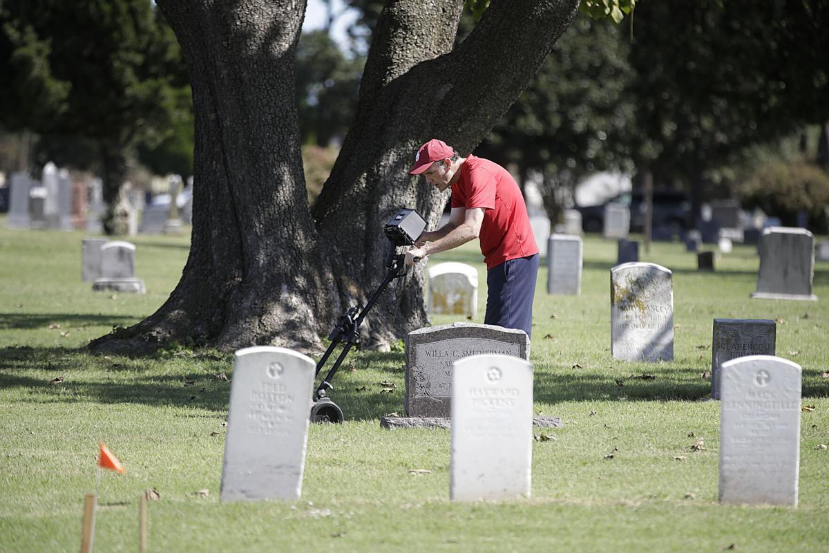 072721-tul-nws-burials-p2