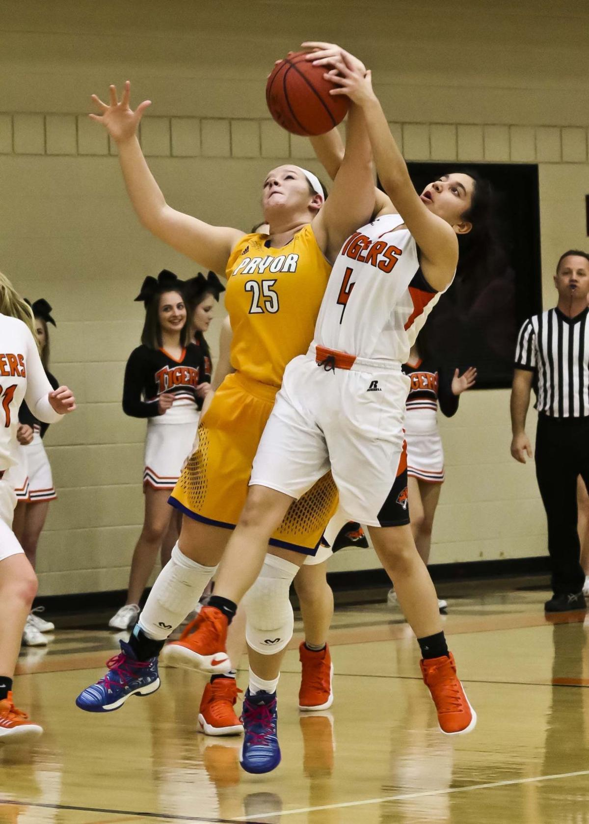 Coweta Lady Tigers Quot Keep Getting Better Quot On The Hardwood