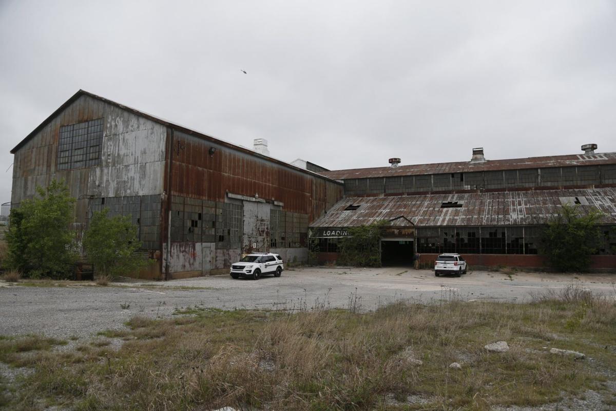 Evans-Fintube Building