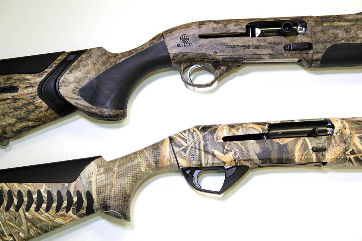 Beretta A400 Xtreme Plus (top) and Benelli Super Black Eagle (bottom)