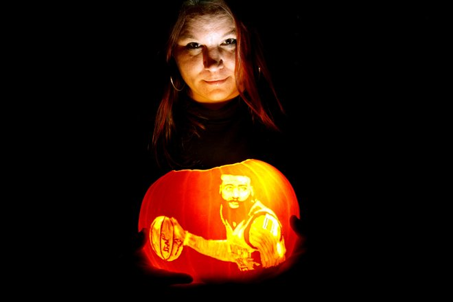 Pumpkin carving whittled down to art form