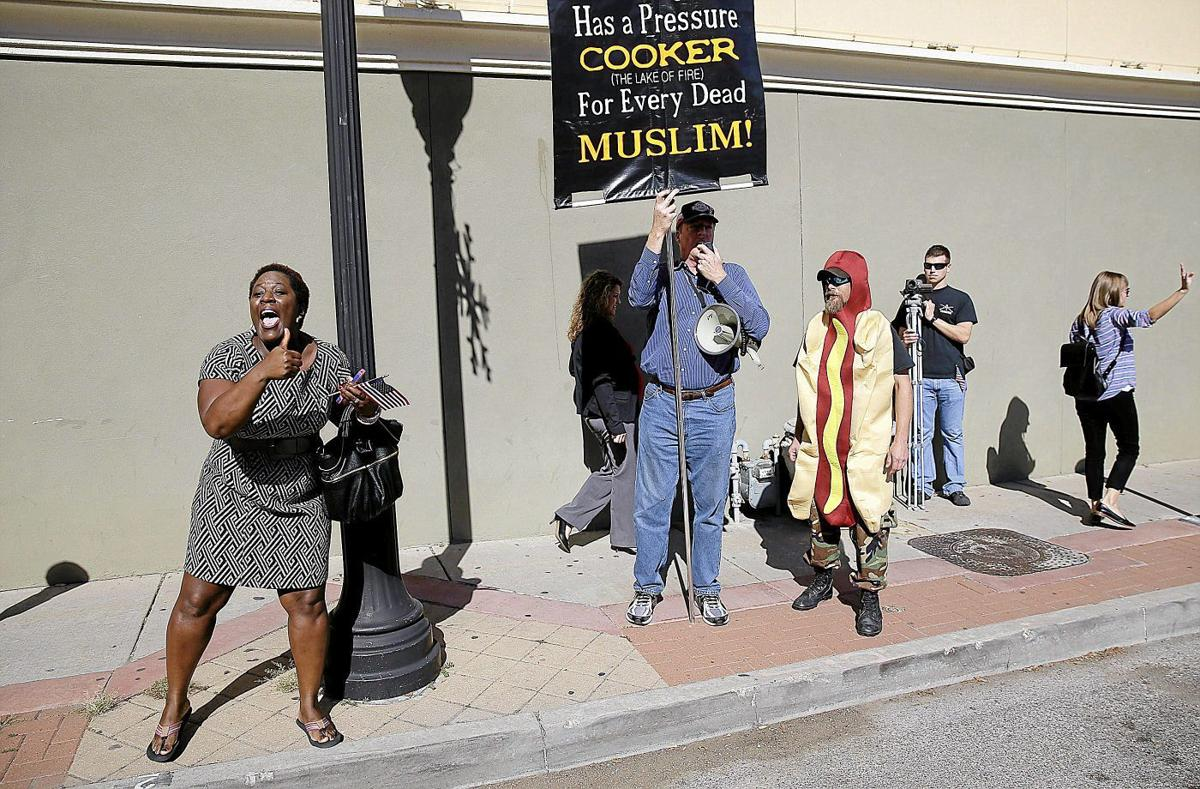 Muslim group's first time in Veterans Day parade met with